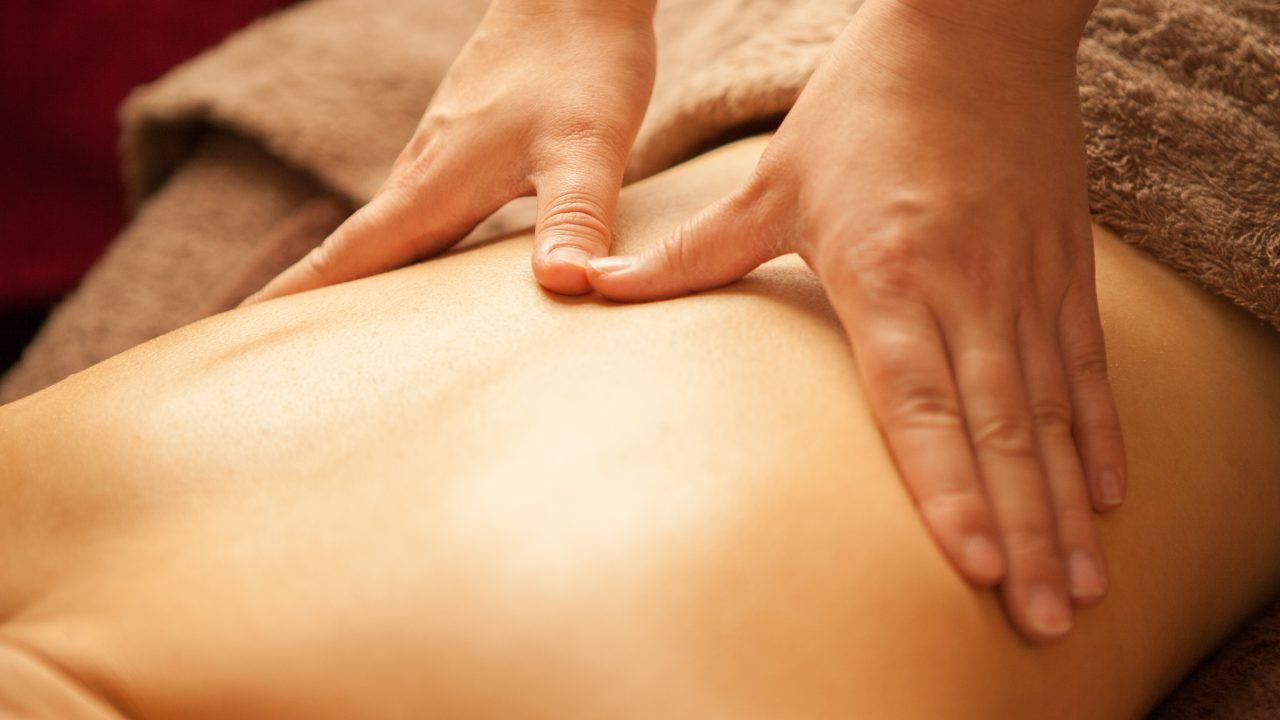LomiLomi Oil Massage